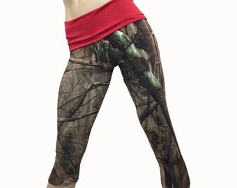 SALE s/m - Camo Pants - Workout Clothes - Hot Yoga - Fitness - Camo - Camouflage - High Waist - Fold Over - Capri - SXY Fitness - USA -
