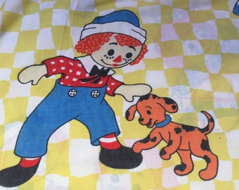 Vintage Raggedy Ann and Andy Twin Flat Sheet, Raggedy Ann and Andy with a Picnic Basket and Puppy Dog, Vintage Raggedy Ann & Andy Fabric