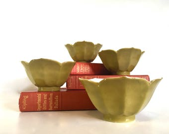 Moss Green Lotus Japanese Rice Bowls - Set of 4