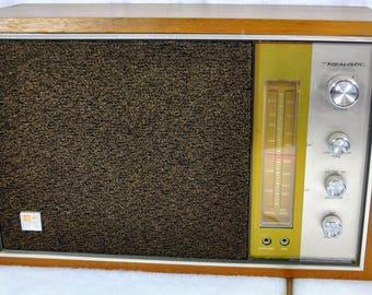 Realistic Model MTA-10 Wood Case Horizontal FM/AM Table Radio - Radio Shack Transistor With Earphone and Tape Jack