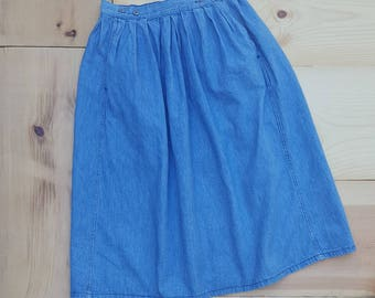Vintage Denim Skirt  // Vtg 80s CALVIN KLEIN Made in the USA Plain and Simple Denim High Waist Full Skirt