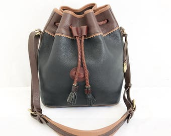 Vintage Dooney and Bourke Bucket Bag Purse