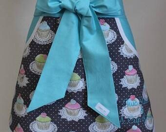 Half Apron -Cupcake Apron - Personalized Half Apron - 4th of July Apron - Waitress Apron - Baking Apron - Hostess Apron - Half Apron - Apron