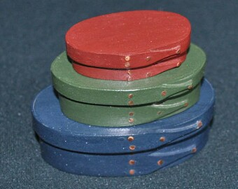 No. 000, 00 and 0 Maple Painted Shaker Box Set of 3 Red/Green/Blue