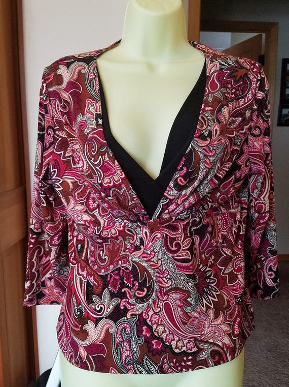floral top flower blouse red & black womens size XL 3/4 sleeve V neck shirt