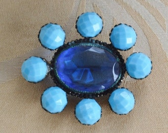 ON SALE Pretty Antique Victorian Light Blue, Royal Blue Glass, Brass Brooch, early 1900's (O15)