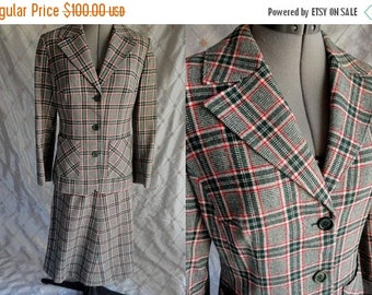 "ON SALE 60s 70s Skirt Suit //  Vintage 60s 70s Green Red Plaid Wool Skirt Suit by Pendleton Sz S 26"" skirt waist fully lined"
