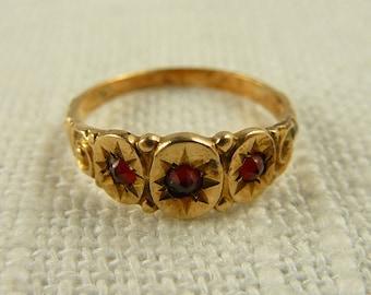 WW) Antique Victorian 14K Gold Garnet Baby Ring