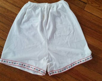 Vintage white pettipants bloomers underpants with cute floral trim petite