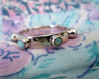 RING  - HAMMERED   - Fire Opals  - Eternity BAND -  - 925 - Sterling Silver - Size 7  opal497