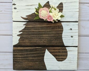 Custom Foal sign with felt flowers