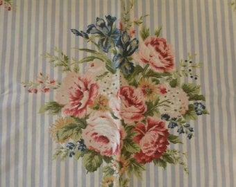 Vintage Barkcloth Era Fabric Roses Cottage Chic