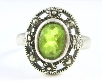 Size 7 Vintage Peridot Marcasite Sterling Silver Ring