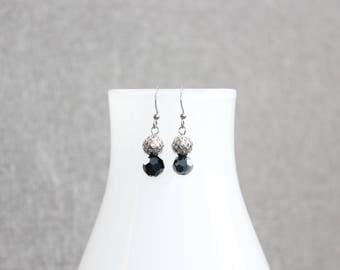 Boucles doreilles cristal, cristaux, chic, boucles doreilles marine, bleu marine, courte, intemporel, classique, cadeau professeur