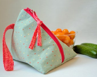 Reusable snack bag,zip bag,reusable zipper pouch,made  quebec,snack pouch, eco friendly bag,fox snack bag,eco lunch bag, Reusable zipper bag