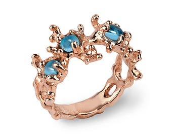BETWEEN THE SEAWEEDS Rose Gold Ring, Blue Topaz Ring, Gold Gemstone Ring, Unique Gold Ring