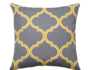 Richloom Solarium Irondale Sterling Grey and Yellow Decorative Moroccan Quatrefoil Outdoor Pillow