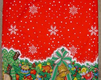 Vintage 1983 Christmas Tablecloth