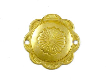 6 gold Southwestern Concho flower brass jewelry charm connector. 28mm (T19).