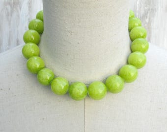 Chunky Peridot Lime Beaded Necklace, Green Beads Choker, Big  20 mm Beads