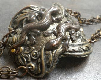 Lizard Cuff Bracelet