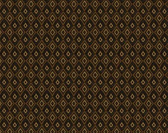 NEW Bear Paws Quilt Craft Fabric One Yard Cut of Brown bear With Bee Skeeps
