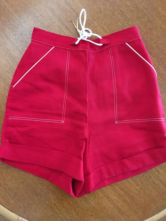 1950s Red Nautical High Waist Sailcloth Shorts Contrast White Trim with Front Pockets and Tie at Waist with Back Metal Zipper-XS