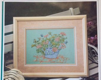 Geranium Basket, Counted Cross Stitch Pattern by Color Charts, 1990, Wall Hanging, Needlecraft, Home Decor
