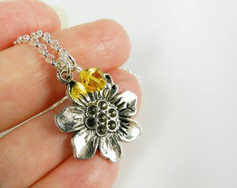 Silver Daisy Necklace Daisy Flower Charm Swarovski Crystal in Sunny Yellow Friendship Necklace