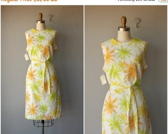 48 HR FLASH SALE Daisy Print Dress | 60s Floral Print Dress | 60s Day Dress | 1960s Dress | 1960s Dress | Vintage 60s Dress | Vintage Shift