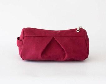 Makeup bag in crimson red denim, toiletry case cosmetic storage pencil case accessory bag in cotton canvas - Estia Bag