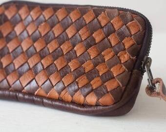 Dark brown handwoven leather zipper pouch, phone case zipper phone case money bag iphone 7 zipper purse - The Antheia Zipper pouch