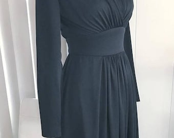 Memorial Day Sale 25% OFF Glamorous Vintage Fred Rothschild Wrap front Dress -- Size M