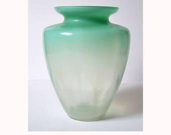 vintage LEERDAM A D Copier table glass green crackle vase