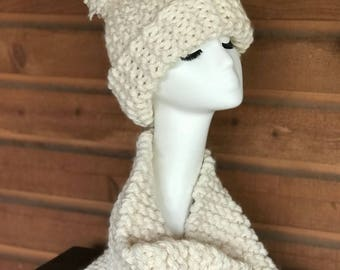 Chunky Knit Pompom Hat and Cowl
