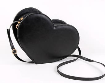 black basic heart bag