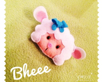 Brooch LELLA the sheep made of soft felt