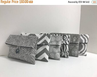 ON SALE Set of 6 Bridesmaid Clutches - Gray and White - Gray Bridesmaid Gift - READY To Ship