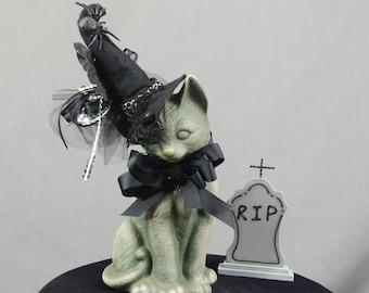 Spooky Cat in Graveyard, Halloween Cat, Witch Cat, Gray and Black Cat, Halloween Decoration, Gray Tombstone, Vintage Cat, Vintage Halloween