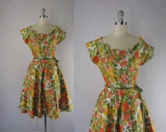 1950s Vintage Dress / 50s Polished Cotton Floral Dress / Brentwood Gardens Dress