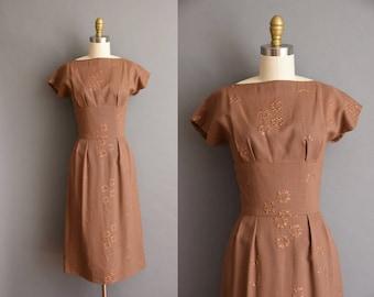 vintage 1950s dress. brown linen floral embroidered vintage wiggle dress