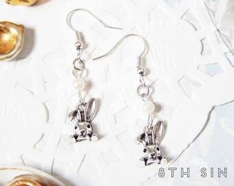 Antique Silver Rabbit Earrings, Antique Silver Bunny Rabbit Earrings, Antique Silver Alice Rabbit Earrings, Antique Silver Bunny Earrings