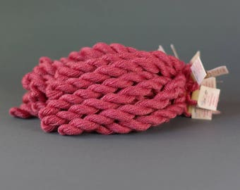 Hand-dyed embroidery yarn, natural dyes, wool, silk, cashmere thread, embroidery floss, 20m, COCHINEAL , dark pink color, 274