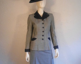 Anniversary Sale 35% Off The Gals Do Their Part - Vintage 1940s WW2 Grey Tweed Wool Suit Jacket w/Navy Collar Pockets - 2/4