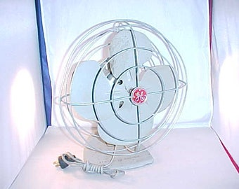 General Electric Oscillating Table Fan