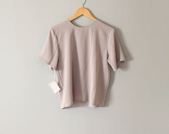 SALE...cloudy gray crop top | basic cropped blouse