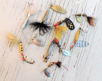 Vintage fishing lures-fish hook-spinner-spoons-fishing tackle-Mepps-Fly Fishing-Rooster Tail-Old lures