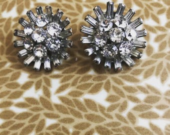 1950's Starburst rhinestone clip on earrings