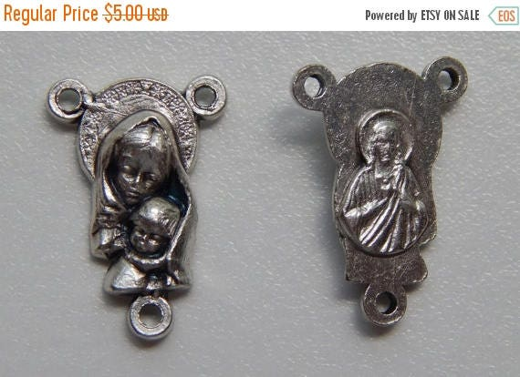 CLOSING SALE 5 Rosary Center Piece Findings, Mother Mary, Child Jesus, Silver Color Oxidized Metal, Rosary Centers, Religious, Made in Italy