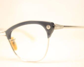 Unused Vintage 1/10 12K Gray Silver Cat Eye Glasses Aluminum NOS